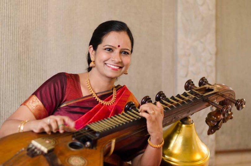 Jayanthi Kumaresh, veena