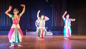 स्वर्ण हंस नृत्य कला मंदिर के चार शिष्यों का हुआ अरंगेद्रम